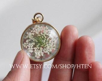 1pcs handmade 25mm Resin dried flowers pendant charm - 25mm White flowers Resin Cabochons