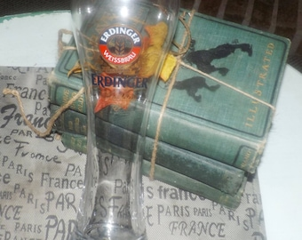 Vintage Erdinger Weissbrau tall pilsner pint glass. Etched-glass logo and type, weighted base.