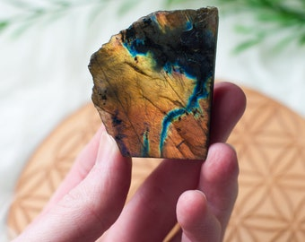 Natural Raw and Polished Labradorite Crystal Chunk Specimen Home Decor Rock Stone Minerals Gemstones Free Form