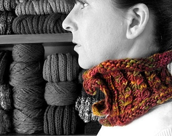 Cowl Knitted in Fall Colors Wool - Cute Cables Knit Womens Cowl, Hand Knitted, Micro Scarf, Short Scarf, Neck Warmer, Winter Accessories