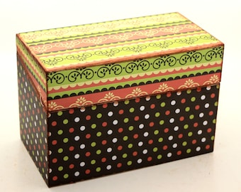 ON SALE Kitchen Recipe Box Brown and Green Retro Ready To Ship Fits 4x6 Recipe Cards