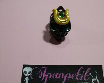 Samurai Skull ring in black and yellow handmade polymer clay without mold size adjustable color copper skull ring