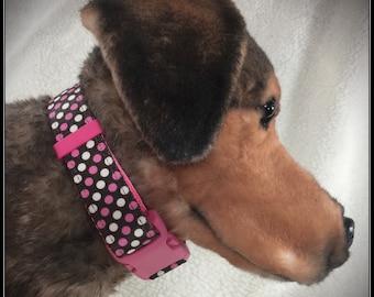 Large Pink Dots dog collar