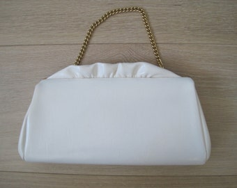 Vintage 1960s White Leather Small Handbag with Gold Frame, Gold Chain strap, and Ruffles - Mid Century Bag