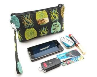 Aloha Wristlet - iPhone 6+, Samsung 8+