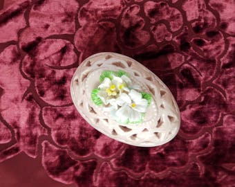 Pink Egg Shaped Ceramic Trinket Box with Capodimante Floral Pierced Lid presented by Donellensvintage