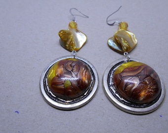 Mustard and Brown beads and marbled cabochon earrings. light.