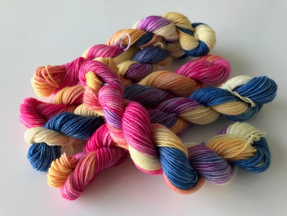 Hand dyed super wash BFL sock yarn mini skeins 'rainbow'