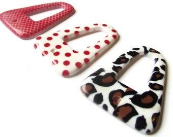 3 53x37mm Flat Triangle Printed Plastic Pendants Leopard Print, Red Snake Print and Red and White Polka Dot