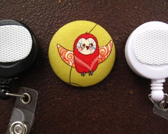 Red Owl on Green Fabric Covered Button for Clip on Retractable Badge Reel