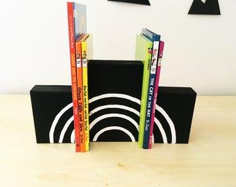 Monochrome Rainbow Wooden bookends, rainbow baby gift, rainbow bookends, kids bookends, nursery bookends, rainbow nursery