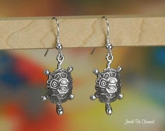 Sterling Silver Turtle or Tortoise Earrings Pierced Earwires Solid 925