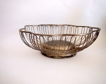 Vintage Leonard Silver Plated Flower Shaped Wire Bread Basket