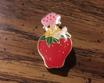 Vintage Strawberry Shortcake Pin