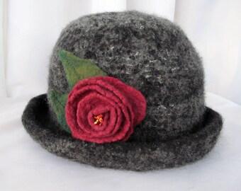 Women's Wool Felt Hat with Flower Pin