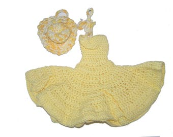 Beautiful robe pale yellow summer Barbie doll with hand crocheted Hat