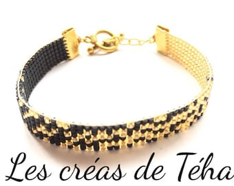 Lovely gold and black bracelet woven with miyuki beads