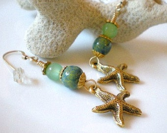Dangly Starfish Earrings, Seafoam Green Earrings, Handpainted Wood Beads Earrings, Beach Jewelry, Ocean Jewelry, Sea Creatures Earrings
