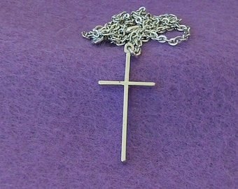 Sarah Coventry Dedication Cross Pendant (Silver) 8453  Vintage, Light