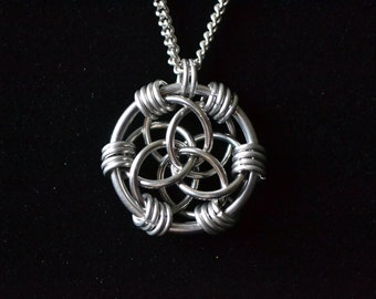 Trinity Rose Chain Maille Tutorial