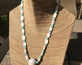 Mother of pearl and turquoise colored necklace