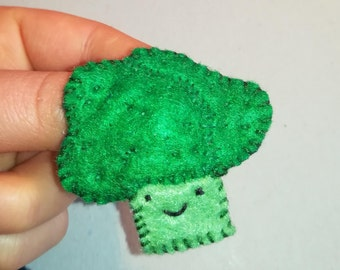 broccoli felt brooch