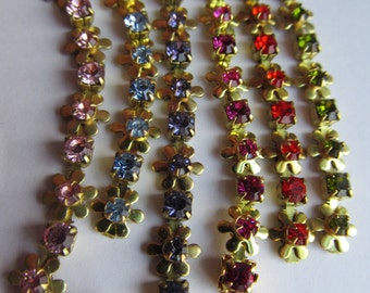 Swarovski Ridiculously Cute Vintage Daisy Chain With Rhinestones In A Rainbow Of Colors