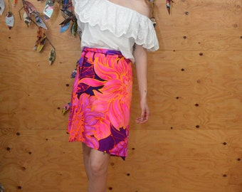 Vintage 60s Gypsy Bright Floral Swirl Midi Wrap Skirt In Hot Pinks & Purples Size S/M
