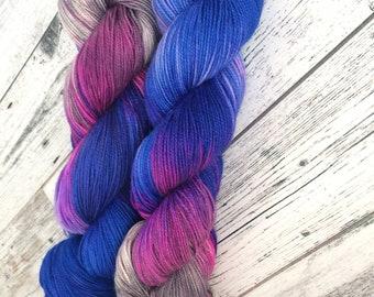 Make it Pink! Make it Blue! // Ultimate Sock // Two ply high twist sock yarn // variegated sock yarn
