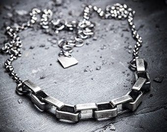 BRUTALIST chunky silver  links necklace
