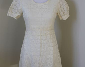 Handmade Vintage Dress 1960's/Lace With Satin Lining/ 1960's/Lace Dress/Vintage