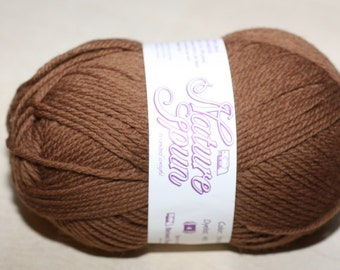 Nature Spun Worsted Weight, color N94W, lot 051    Bev's Bear