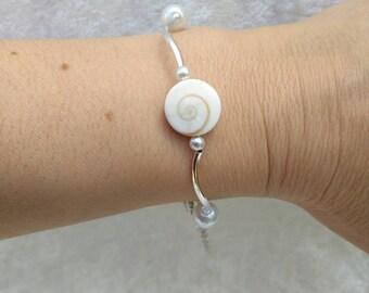 Bracelet with eye of Saint Lucia