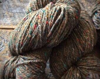 Peace Fleece - Grass Roots, Felting Yarn, Worsted Weight Yarn, Yarn For Knitting, Virgin Wool, tweed wool, Rustic wool yarn