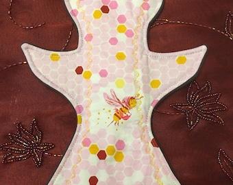 """11"""" Bird Reusable Cloth Pad - Moderate absorbency - WindPro - Honeycomb"""