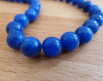 10 jade beads round 8mm royal blue