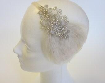 1920s Bridal Headband, silver great Gatsby Wedding Headpiece, bridal Les annees folles 1920s flapper Hair Piece Silver White Feather