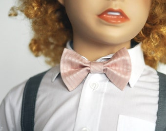 Boys pink bow tie Toddler bow tie Newborn bow tie Mens bow tie Pre tied bow tie Groom bow tie dusty pink Baby shower gift Ring bearer bowtie