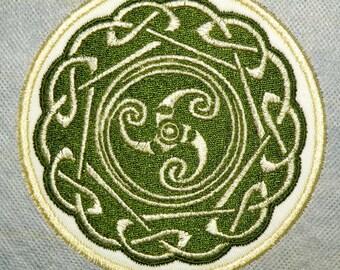 "Celtic Trinity 2 Iron on Patch 3.9"""