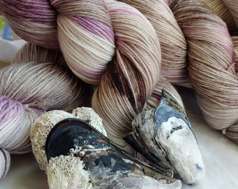 Mussel Shells, sock yarn