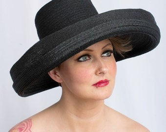 I'm a Very Stylish Girl - Vintage 1950s Hattie Carnegie Extra Large Turned Up Large Brim Hat w/Inner Side Combs