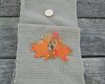 Falling Leaves Ascot woven