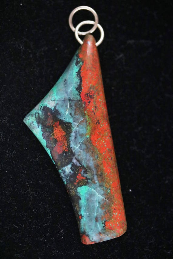 New Mexico Bella pendant, red aqua black, nickel jump bail 104ct