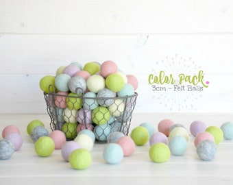 10 Medium Felt Balls - 3CM Wool Felt Balls - 100% Wool Felt Balls -  (3cm/30mm) - Wool Felt Balls - Felted Balls - Wool Felt Pom Poms