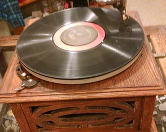 Antique Aretino Phonograph Record Player
