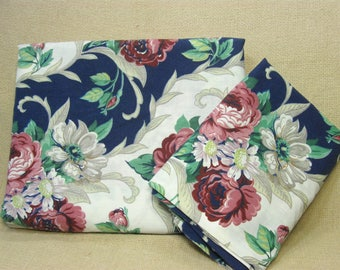 Vintage Twin Flat Sheet and Pillowcase, Floral Print with Roses, Matching Pillowcase, Shabby Cottage Flower Linens