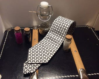 Tie retro black and white pattern - an air of Dandy - cotton canvas