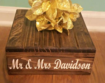 Personalized Carved Cake Stand, Wedding Cake Stand, Rustic Cake Stand, Wood Cake Stand, Personalized Cake Stand, Country Wedding decor