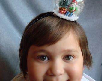 Snowglobe Stirnband Santa Stirnband Haar Accessoire Schnee Urlaub Haar Band Weihnachtsbaum Schnee Winter präsentiert Baum Szene Weihnachten Schneeflocken