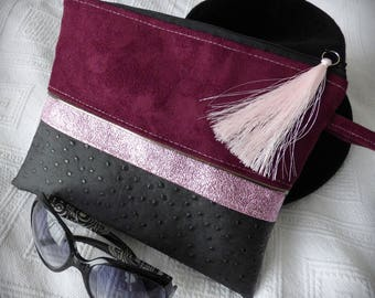 Clutch bag mix materials patterned with feathers